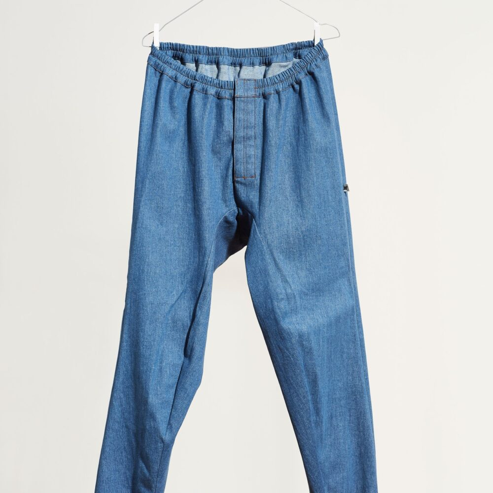 Pantalón Basic Cotton Slim Denim